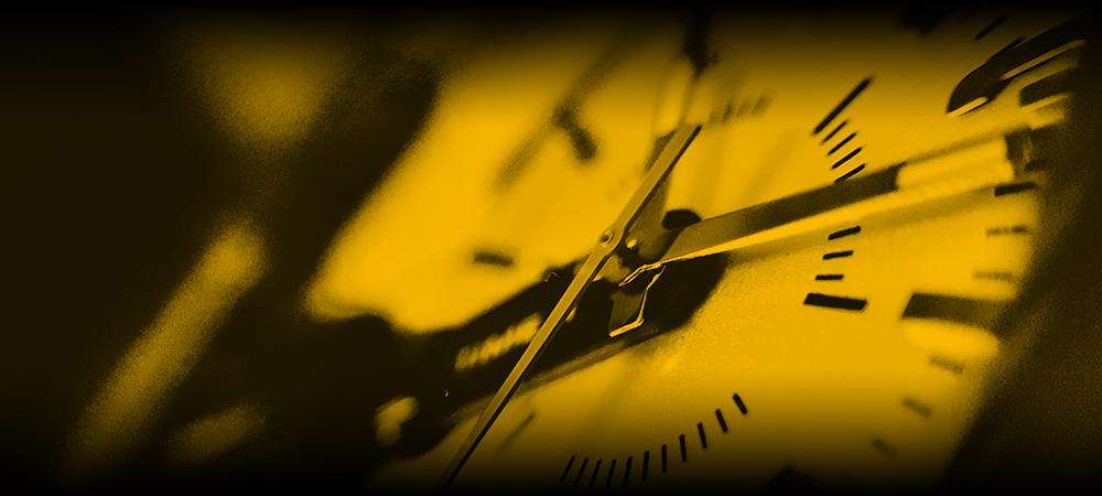 unicol-themed-clock